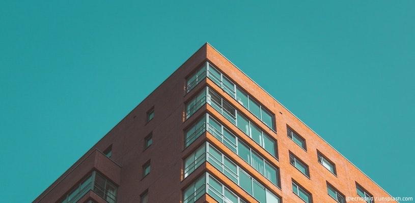 угол здания