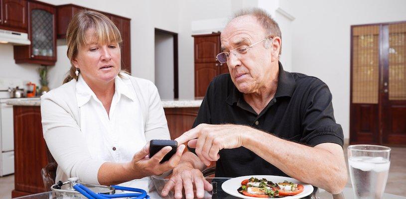 диетолог ставит диету пациенту